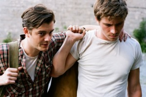 on-the-road-movie-image-sam-riley-garrett-hedlund