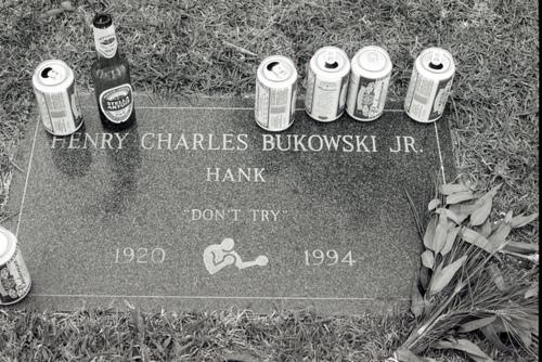 Túmulo de Charles Bukowski