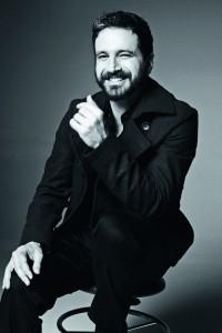 O ator e diretor Caco Ciocler (Foto: Divulgação)