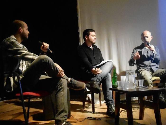 Lourenço Mutarelli durante a entrevista