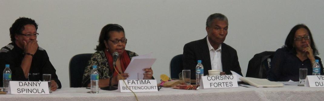 Os escritores cabo-verdianos Danny Spínola, Fátima Bittencourt, Corsino Fortes e Vera Duarte.