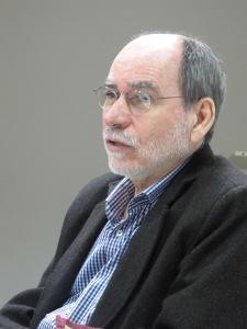 Luiz Roncari durante a entrevista