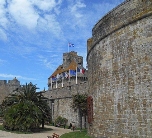 Entrada da cidade de Saint-Malo.