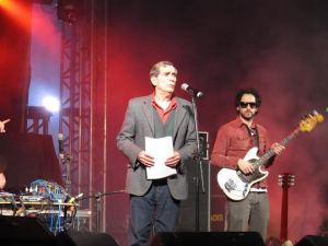 Jorge Mautner durante o show (Fotos: Fulgore)