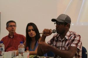 Sacolinha, acompanhado por Larissa Lisboa e Jorge Valentim.