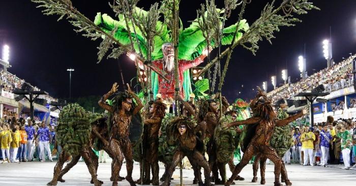 Desfile da Beija-Flor (Foto: UOL)