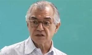 Professor José Álvaro Moisés.