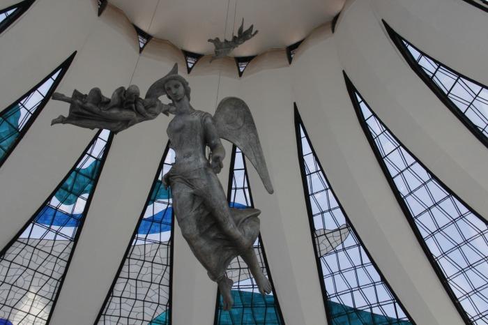 A abóboda dos céus e os anjos a descer. Foto: Thiago Siqueira.