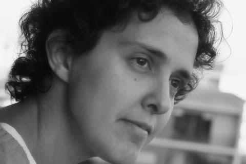 """Paula Fábrio é finalista com o livro """"Um dia toparei comigo"""" (Foz)"""