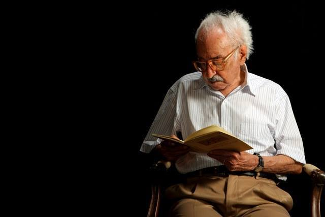 Manoel de Barros: 100 anos e fragmentos inéditos