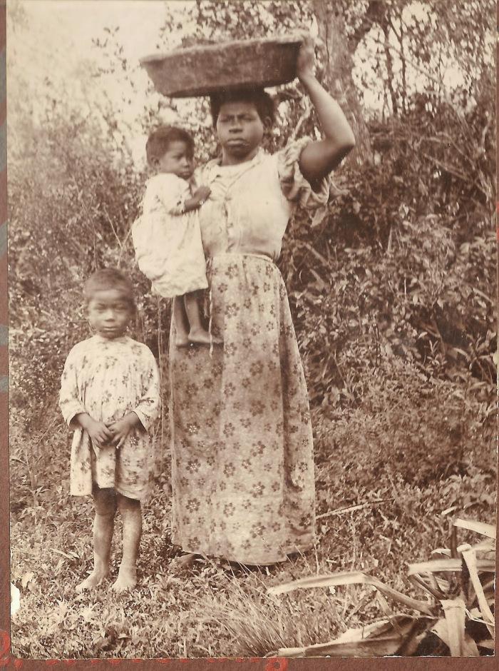 negra-com-filhos