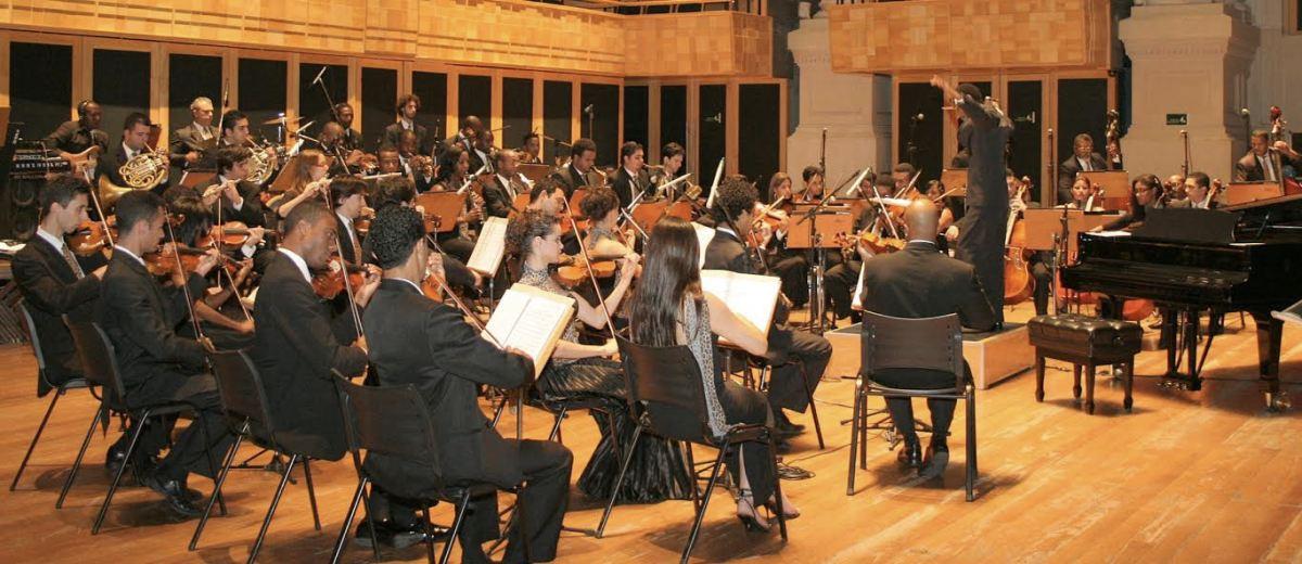 FILAFRO apresenta o concerto 'Pra Não Ficar Parado', com ritmos tradicionais arranjados com características africanas