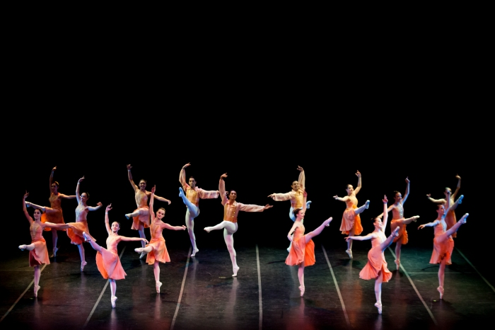 Ballet Paula Gasparini -Valsa para Eugene -foto de Nanah D'Luize