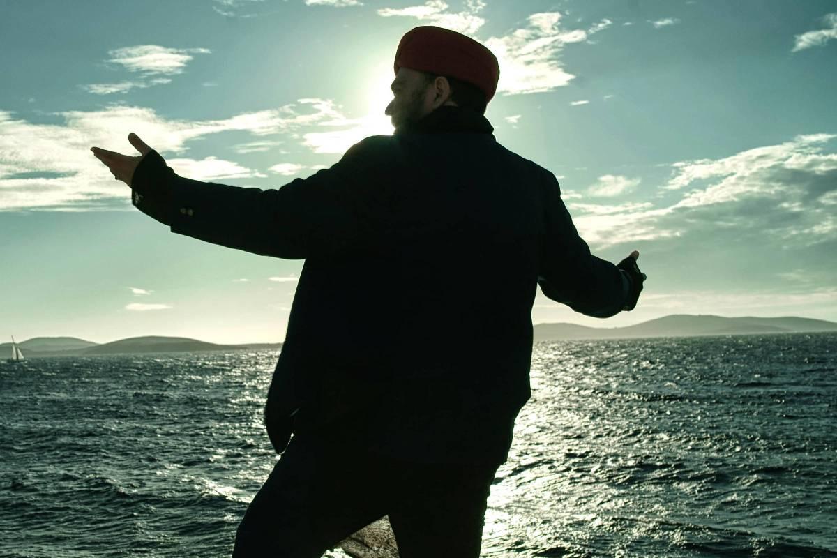 André Abujamra lança àlbum 'Omindá – A União das Almas do Mundo Pelas Águas' no Auditório Ibirapuera
