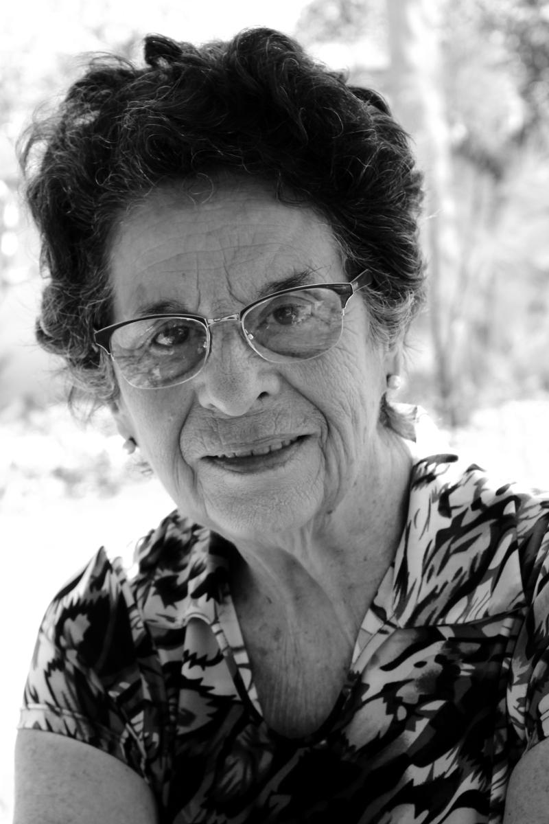 Maria Valéria Rezende lança pela Penalux o livro de contos 'A Face Serena'